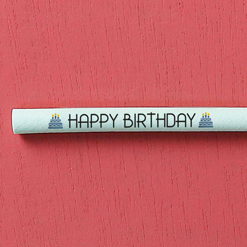 """Switch Eat - zoom paille comestible et compostable """"Happy birthday"""" 500x500"""
